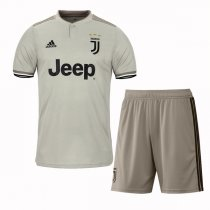 1819 Juventus Away Jersey Kit