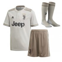 1819 Juventus Away Jersey Kid Full Kit