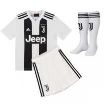1819 Juventus Home Jersey Kid Full Kit